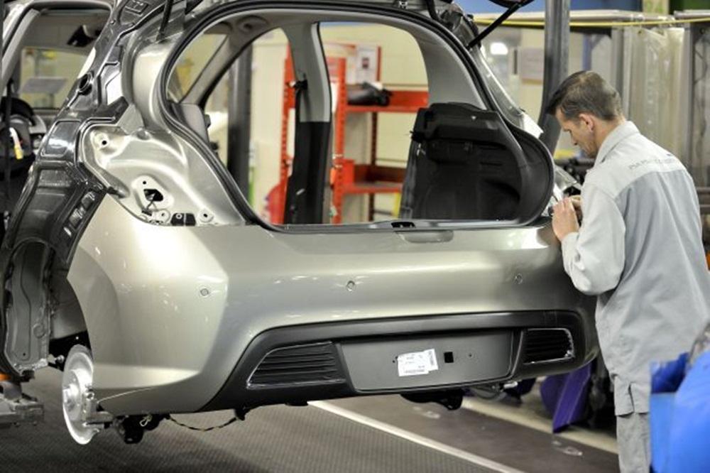 L'équipementier automobile Faurecia lance une nouvelle usine à Salé — Maroc